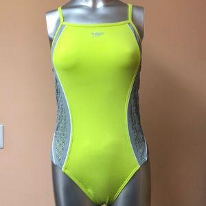 NWOT Speedo swimsuit